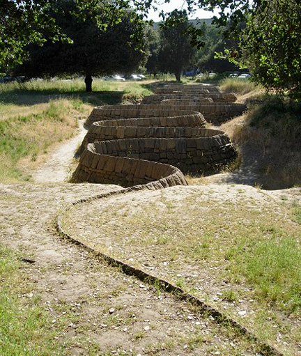 goldsworthy-stone-river