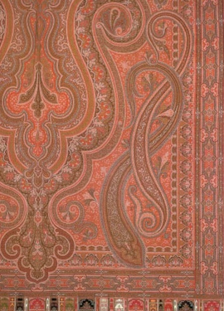 paisley-shawl-1850s-cropped