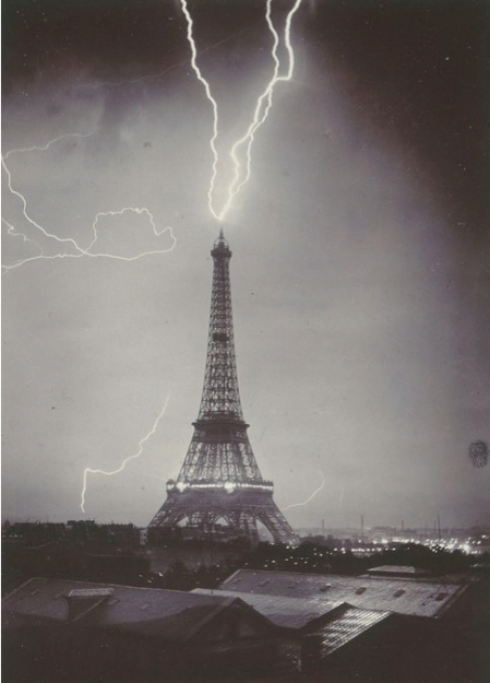 Gabriel Loppé—TheEiffel tower struck by lightening, 1902