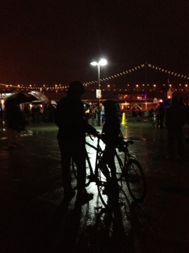 Bay Lights, Bikers waiting in the rain